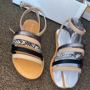 GoJane Shoes - Brand new sandals